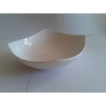 Porcelanska cetvrtasta cinija - dubok tanjir 20cm bela boja